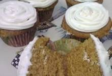 fluffy pumpkin spiced cupcakes
