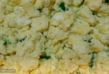 garlic-cilantro scrambled eggs