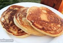 Gingersnap Peanut Butter Pancakes