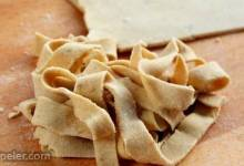 Gluten-Free Quinoa Noodles