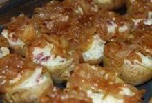 Gorgonzola Stuffed Mini Potatoes