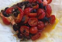 grilled mediterranean salmon in foil
