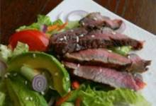 Grilled Steak Salad with Asian Dressing