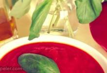 Hearty Homemade Tomato Sauce