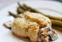 keto mushroom-stuffed chicken breasts