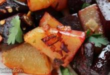 Key Sir Alicha (Ethiopian Beets and Potatoes)