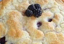 mama's blackberry cobbler