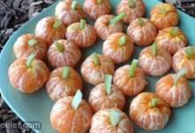 Mandarin Pumpkins (Healthy Halloween Snack)
