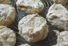 Mandelmakronen (Almond Meringues)