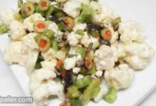 Muffuletta-nspired Cauliflower Salad