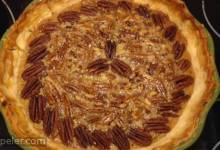 Old-Fashioned Honey Pecan Pie