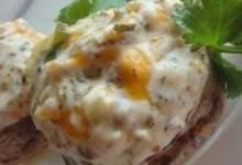 Renaissance Stuffed Mushrooms
