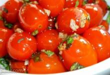 Sauteed Cherry Tomatoes with Garlic and Basil