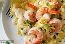 Shrimp and Pasta in Lemon Cream Sauce