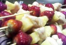 Simmering Chicken Strawberry Kabobs