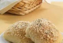 sister schubert's® herb garlic and cheese rolls