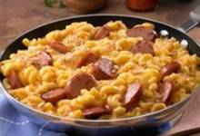 skillet mac and cheese & kielbasa