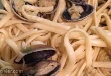 Spaghetti with White Clam Sauce