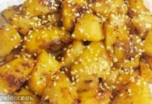 Spicy Sesame Potatoes (Til Aloo)