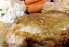 Sweet and Tangy Apple Pork Chops