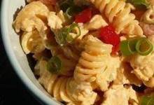 Tangy Buffalo Chicken Pasta Salad