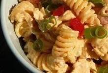 Tangy Buffalo Chicken Pasta Salad