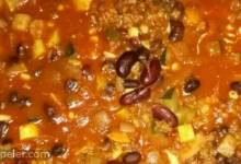 Very Veggie and Beef Chili