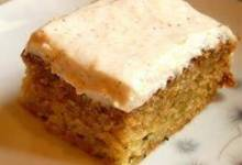 Zucchini Cake with Cream Cheese Applesauce cing
